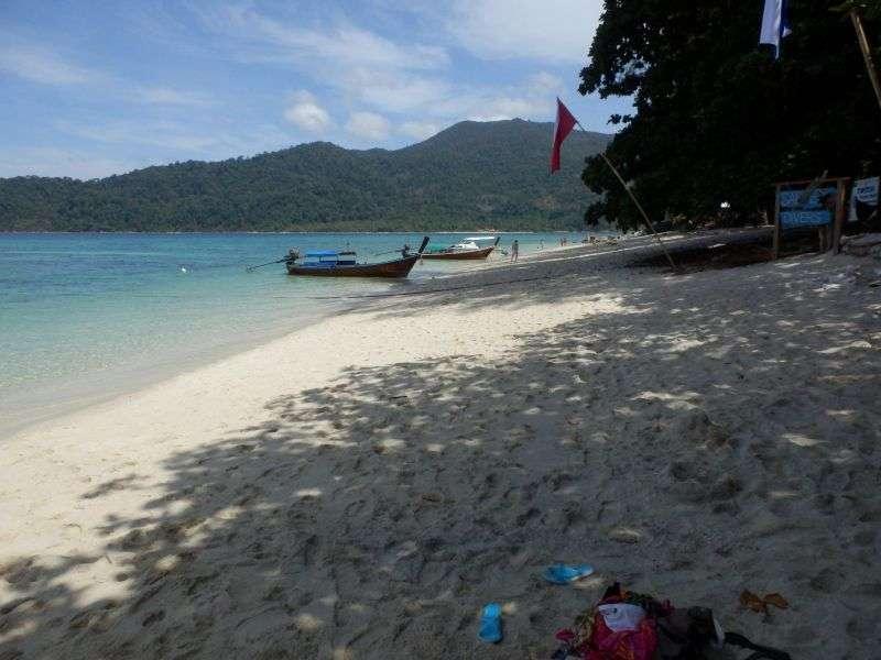 die rechte Seite vom Strand