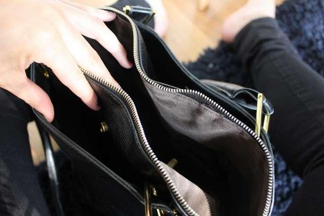 Musta Laukku Niiteillä : Hello you ikirppis uusi musta laukku